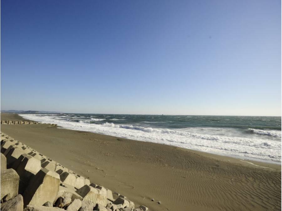 海まで徒歩19分(約1520m)
