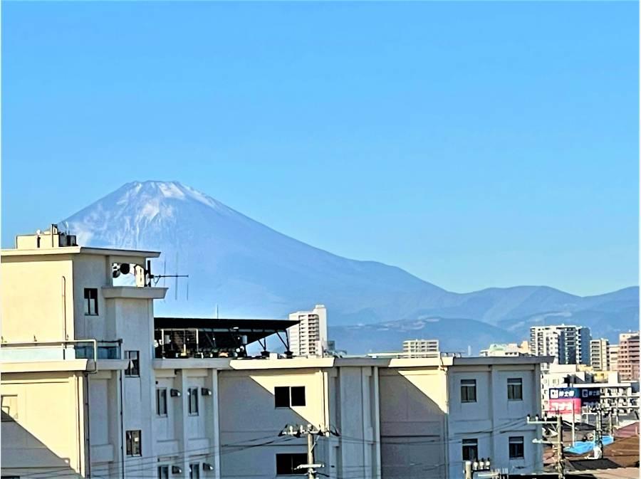 清々しい朝の富士山も良いですね♪ (R3.1.10撮影)
