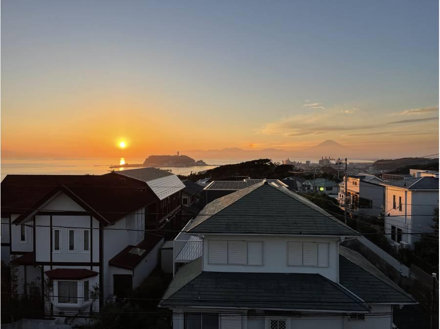日の入り前。