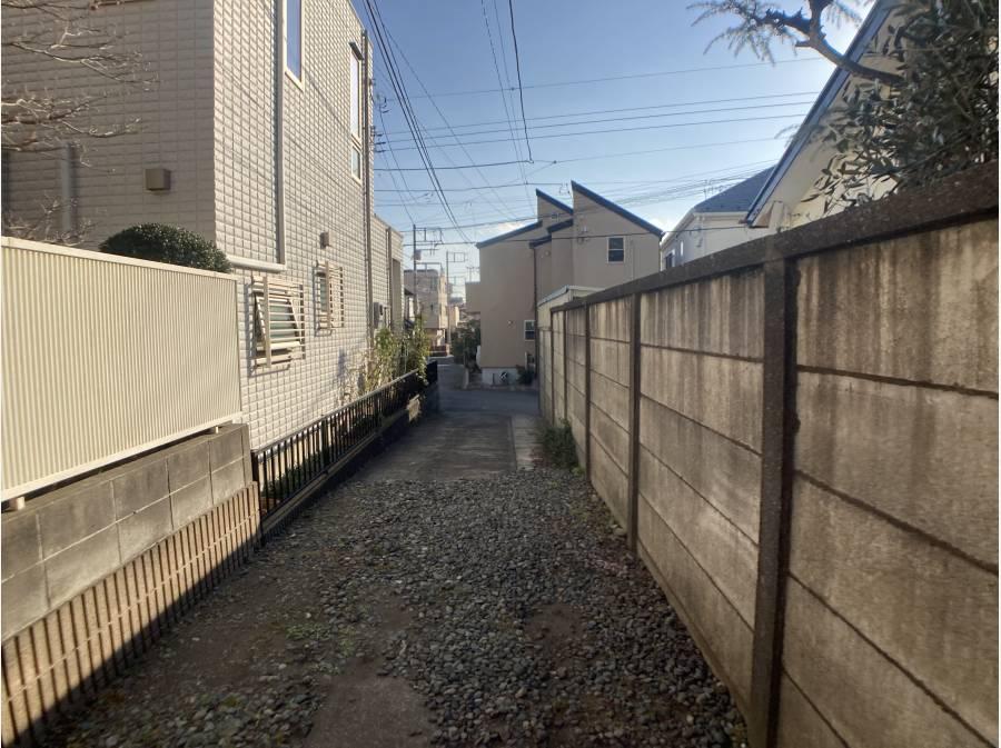 敷地内から専用通路部分撮影