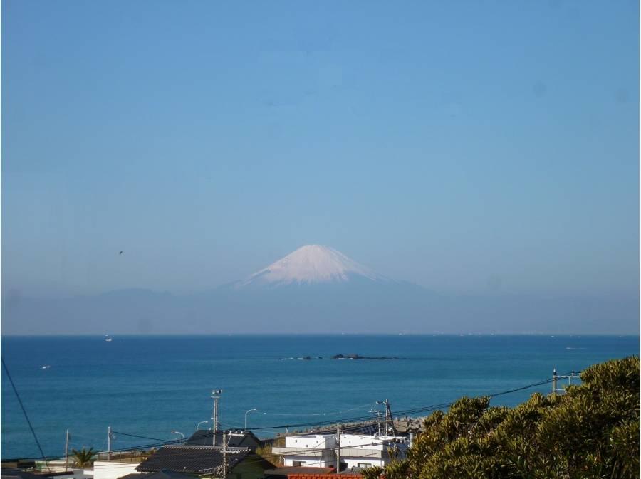 空気の澄んだ時期には雄大な富士山も(イメージ)