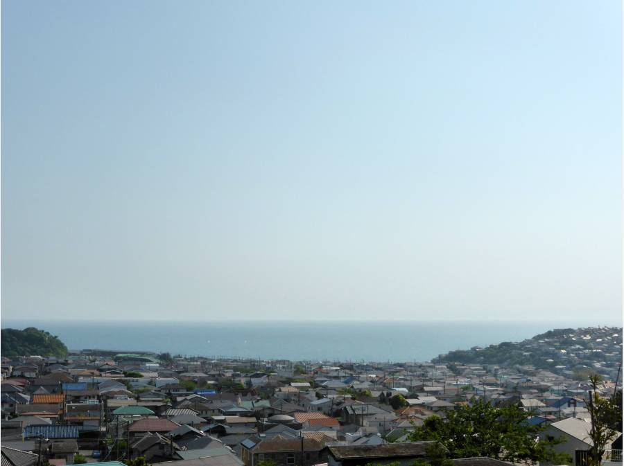 高台から見る静かな風景
