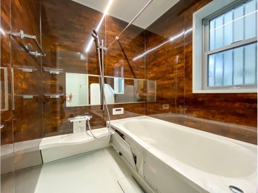 ゆったりとしたバスルーム