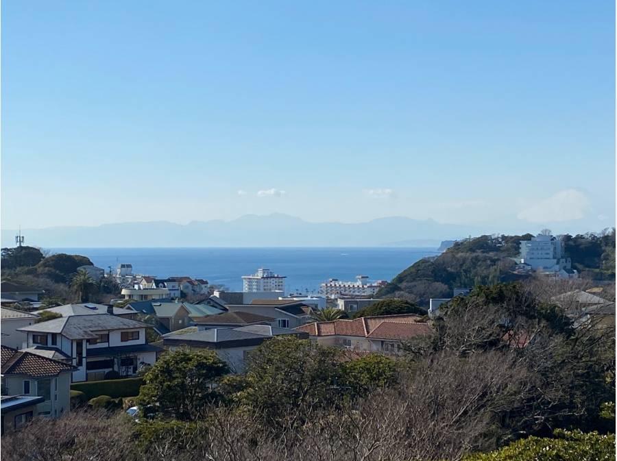 青い海、そして富士山を望む湘南景色