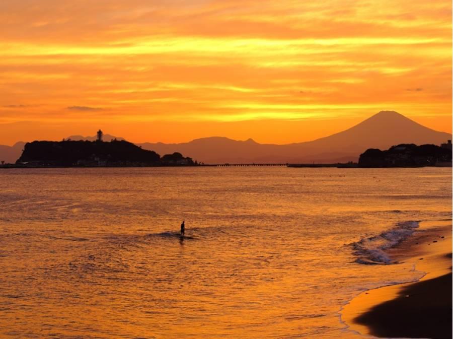夕暮れ時の海。こんな景色も日常に(約1.2km)