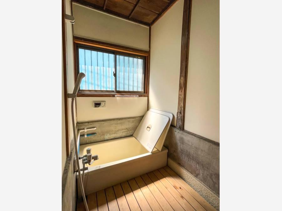 こちらもレトロな雰囲気がいい感じのお風呂