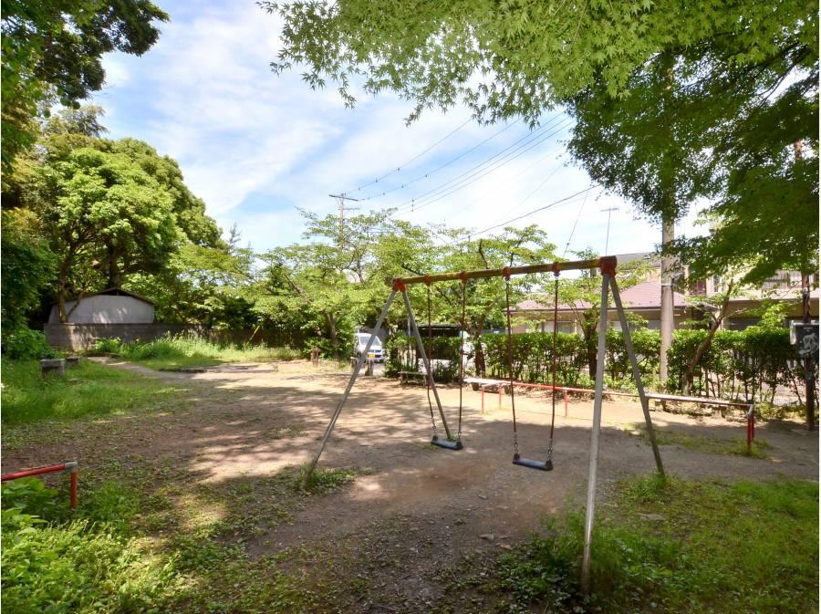 桜山公園 こちらまでは約350m 約5分!