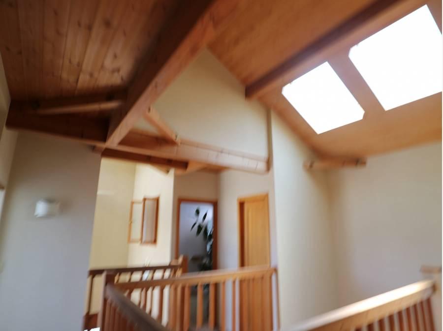 天窓があるので明るいお家です。