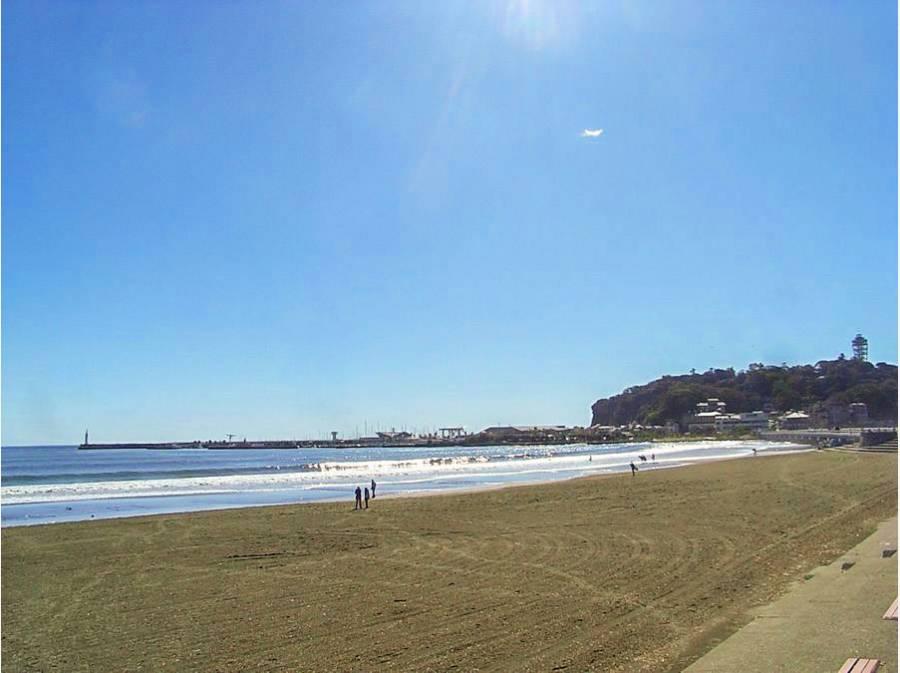 片瀬東浜海岸まで徒歩20分(約1600m)