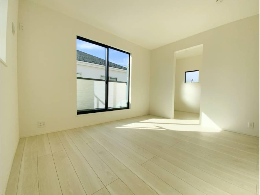 2階の主寝室はWICと右奥にマルチスペースが!
