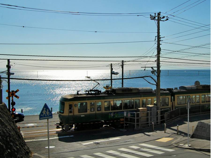 鎌倉高校前踏切の人気スポットまで約1000M