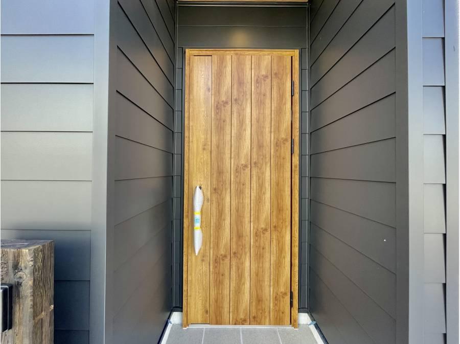 モダンな玄関ですね♪