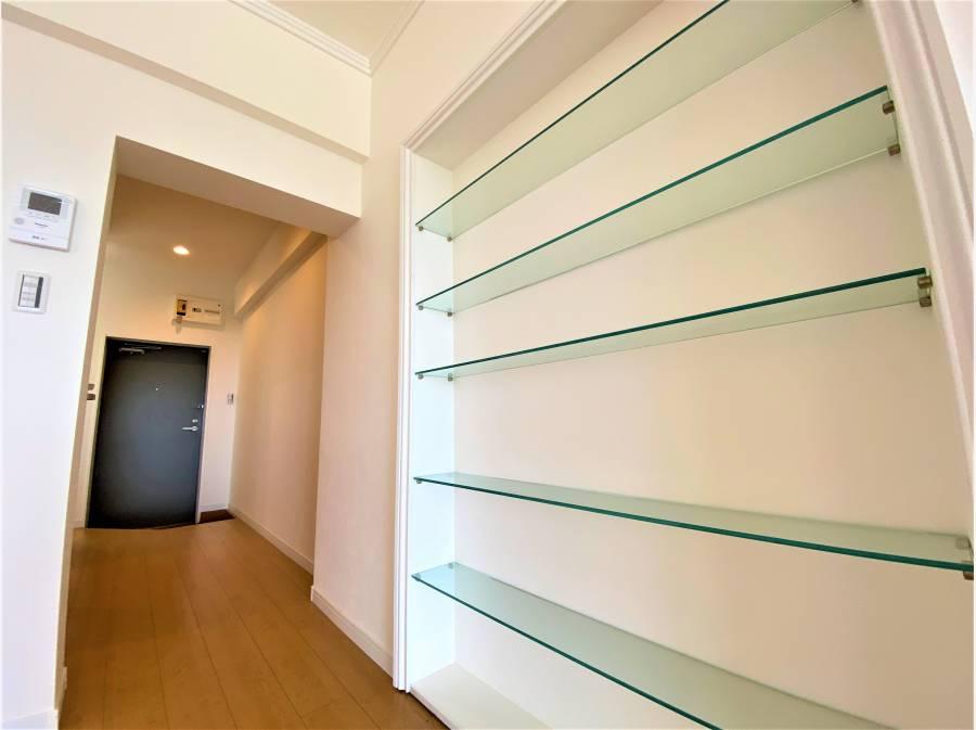 このちょっとした棚が室内のデザイン性を高めます!