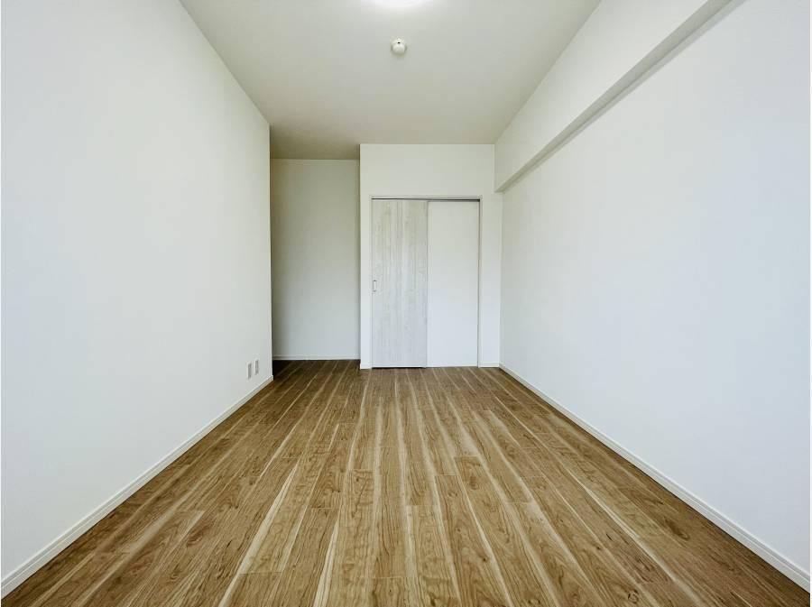 洋室も十分な広さですね