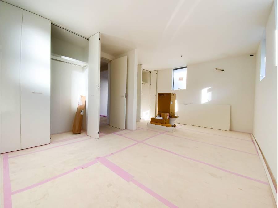 1階 約10帖の個室は将来的に2部屋にすることも可能