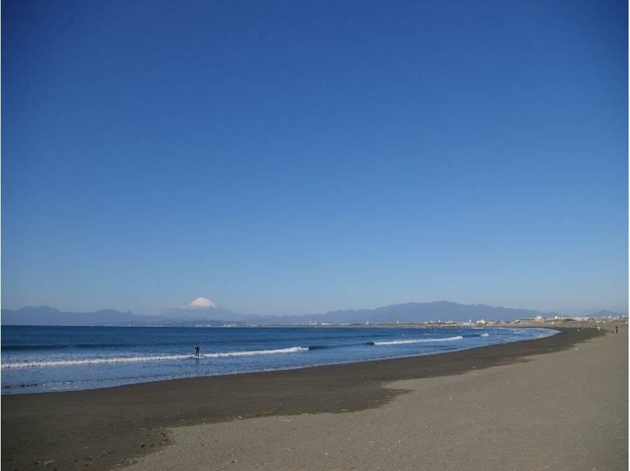 片瀬西浜・鵠沼海水浴場(約2.3km)