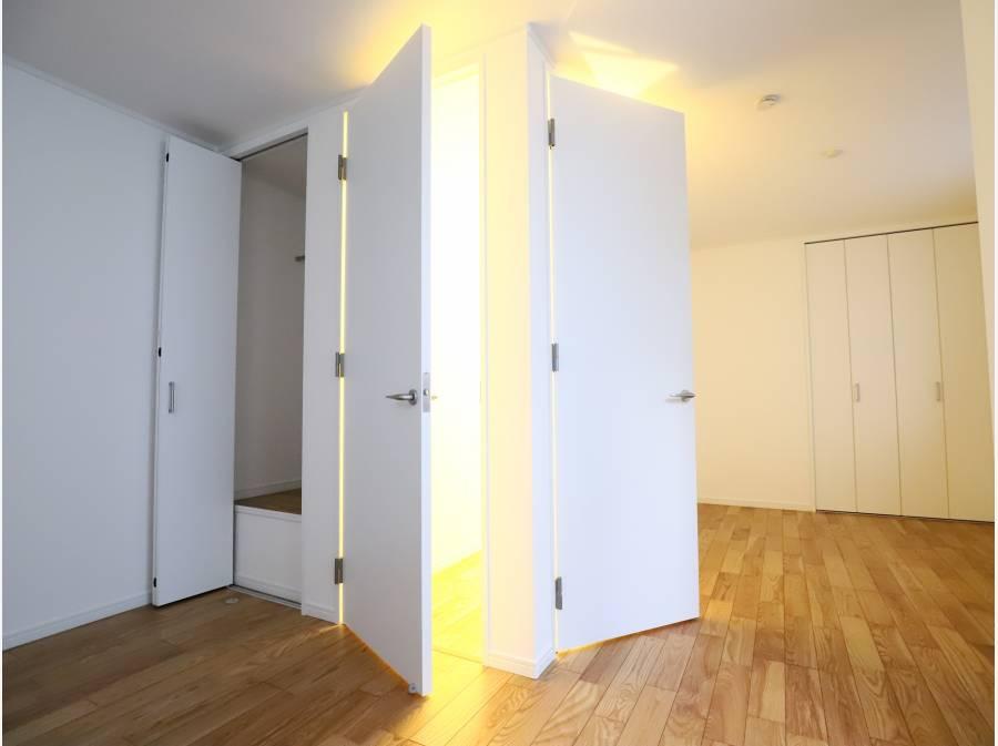 3階部分の8.6帖洋室は2部屋に分割も可能です。
