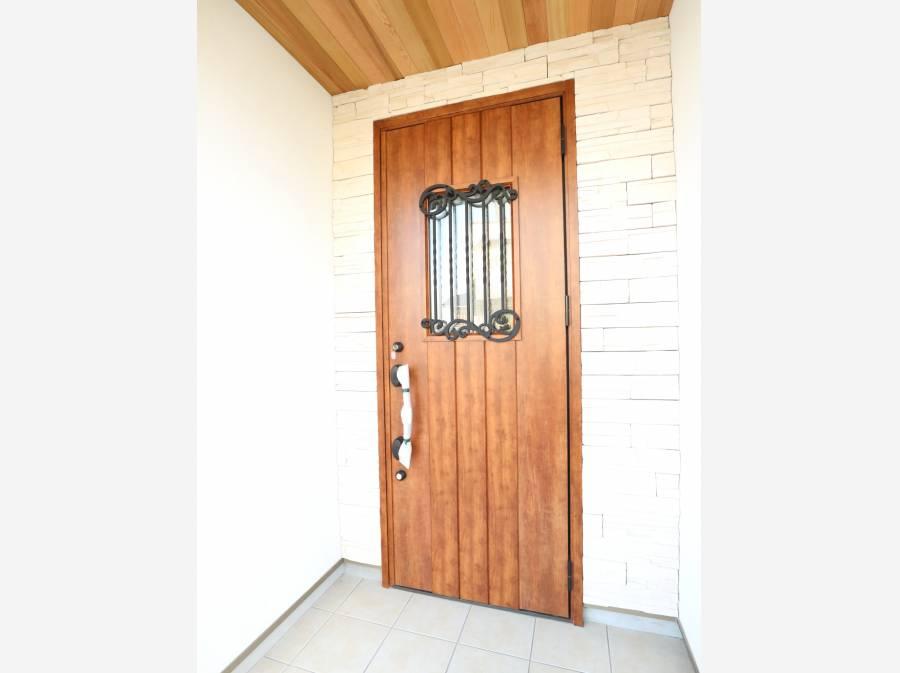 ウッド調の玄関