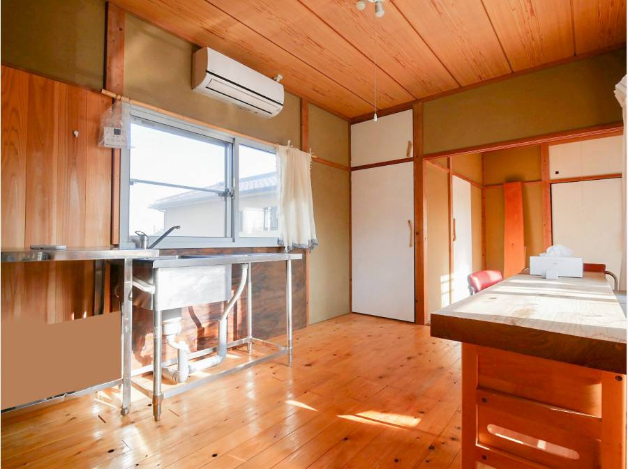 2階には簡易型のキッチンがございます。