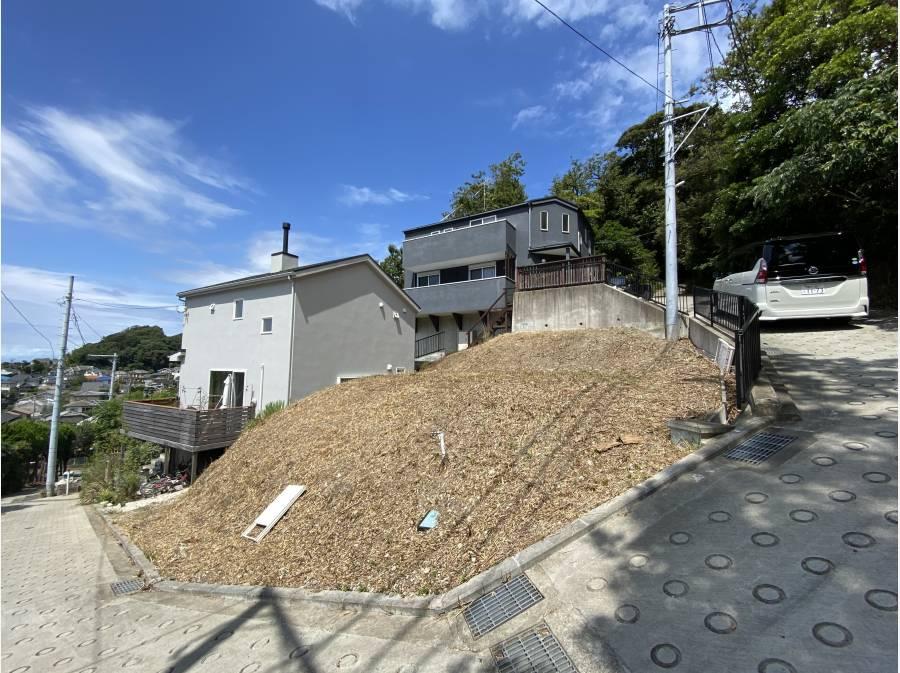 全面傾斜地をお好みの造成プランで建築できます
