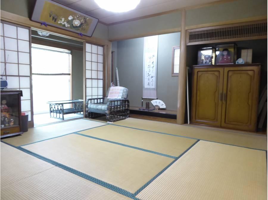 8帖超の広い和室