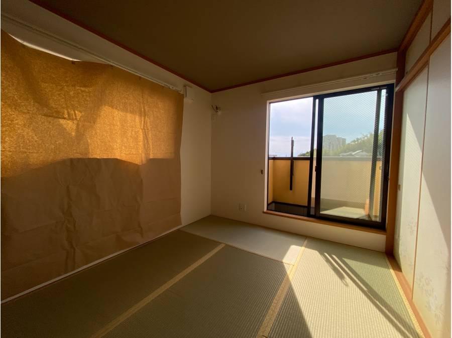 富士山を遠望できる和室!日焼け予防のシートによりコンディションも良好!