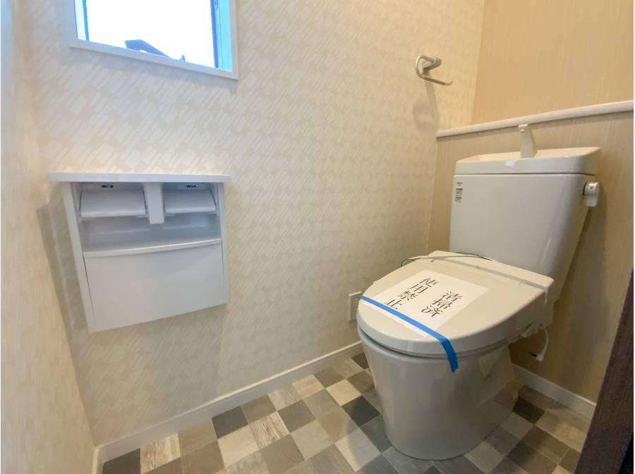 トイレの床タイルがオシャレです!