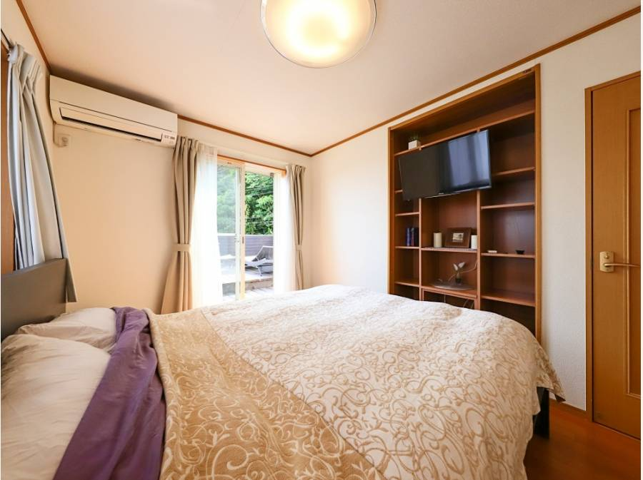 8帖主寝室