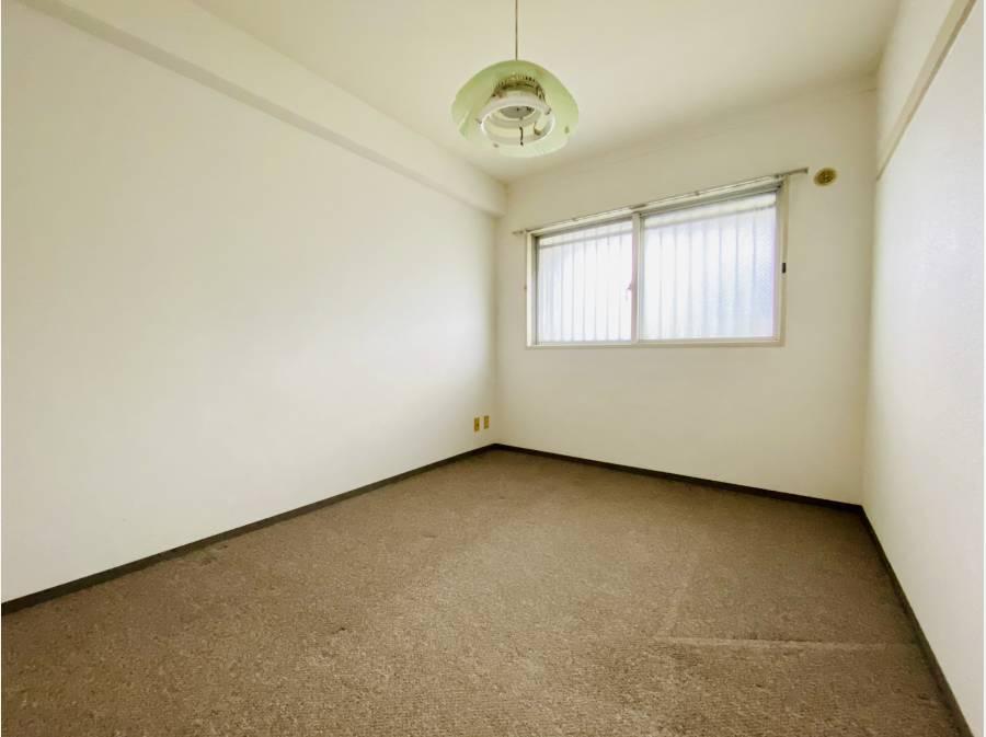 洋室は落ち着いた空間ですね