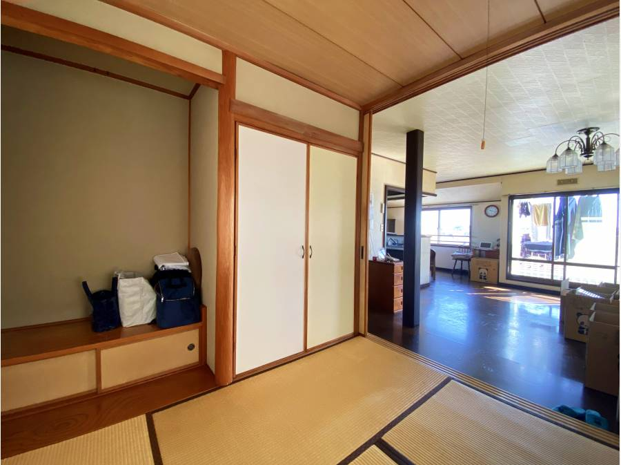 LDK&和室は2階に